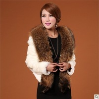 2013 Winter Ladies' Luxury Fur Shawl Party Coat Raccoon Fur Collar Patchwork Rabbit Fur Short Vest Jackets Women's Fashion Cape