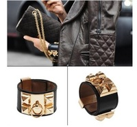 002 New Fashion Women Faux Leather Punk Vintage Metal Studs Loop Charm Bangles Bracelet Black