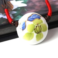 free shipping Gold circle flower ceramic unique lovers necklace pendant retractable