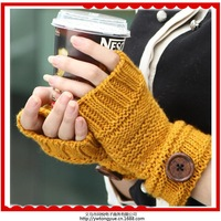 Free shipping 6 pairs from the wholesale fashion new Korean short paragraph wool knitted fingerless gloves F-0077