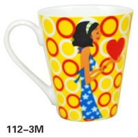 New Fashion Girls Patterned Ceramic Mugs for Gift or Office Using Porcelain Coffee Cups for Women's Gift Box Packing