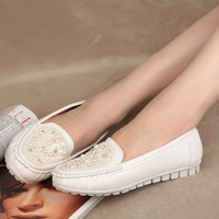 2013 spring and autumn fashion beaded flat shoes loafers gommini lounged women's casual shoes