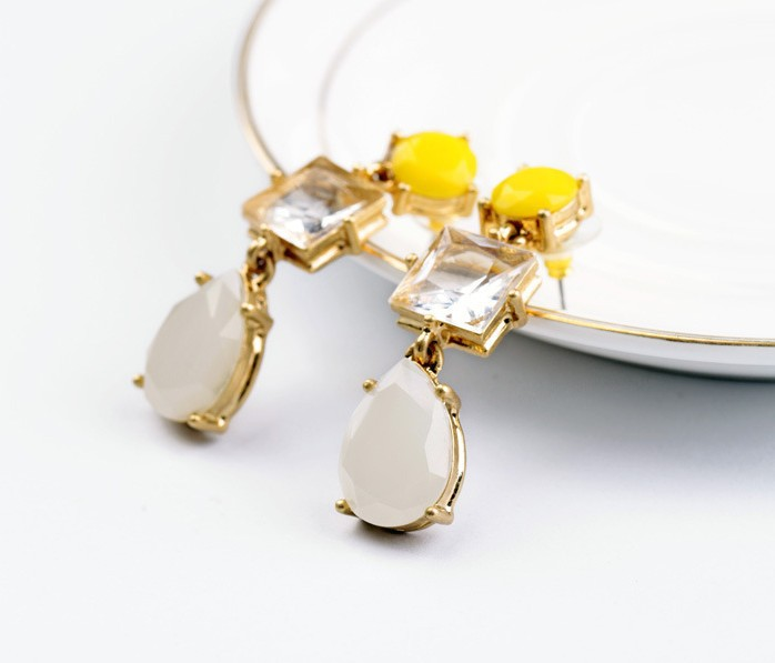 No. Min.Order Fashion Exquisite Crystal /Ruby Water Earrings For Women Free Shipping(China (Mainland))
