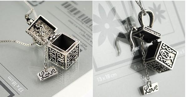 Min.order is $15 Fashion hot Korea vintaged palace imitation gem jewel Magic box pendant necklace Wholesale Free shipping#z37(China (Mainland))