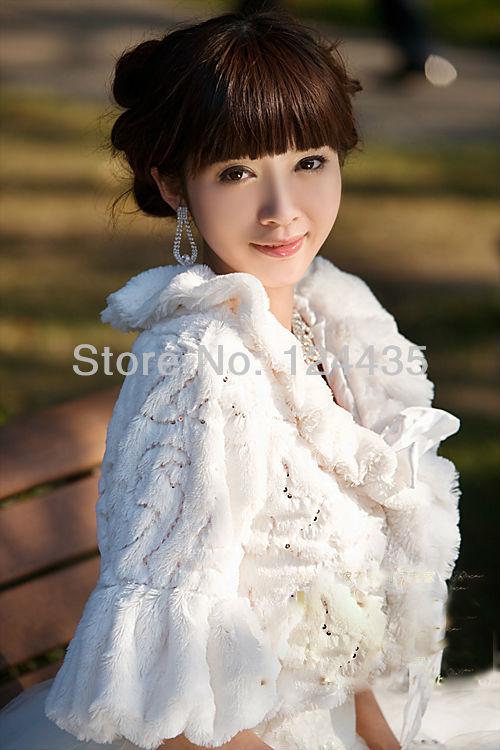 Tempting Wedding Jacket Accessories Bridal Bolero Winter Wraps Coat Stole Faux Fur Fabric For Brides beige(China (Mainland))