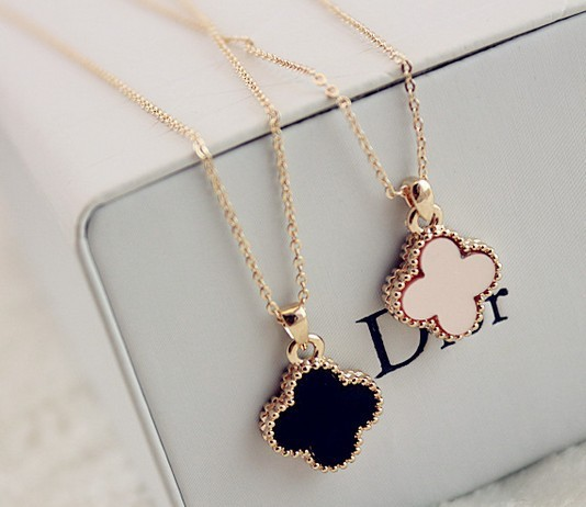 free shipping new fashion jewelry wholesale black and white four leaf clover pendant 18k gold plated necklaces for women gifts(China (Mainland))