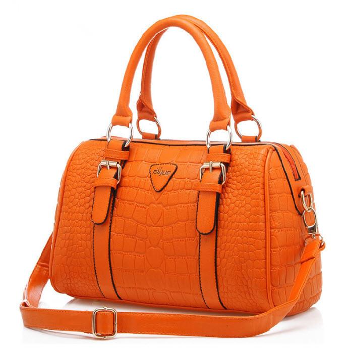 أحلى شنط New-2013-women-messenger-bag-fashion-vintage-designer-PU-leather-crocodile-pattern-handbags-boston-totes-shoulder