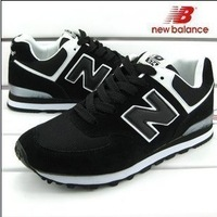 2013 new men's sports shoes. Black and white retro running shoes running shoes