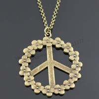 NewMe Boutique - 38mm vintage peace sign pendant necklace,  45cm brass chain+5cm extension chain (N20027)