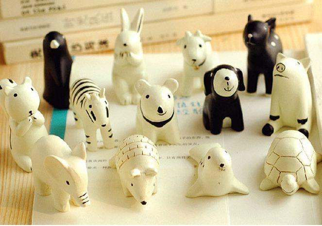 New Cartoon Starry Night Animal Series White and Black Resin Desk Decoration/13pcs/set/gift/Resin Craft-5sets/Lot Free Shipping(China (Mainland))