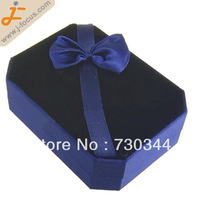 Velvet pendant Box, retangle shape, with butterfly decoration wedding pendant box, size  8*6.8*3.2cm, sold by lot(10pcs/lot)