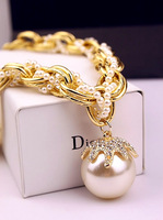 Free shipping!!! Fashion exaggerated necklace big pearl multi-layer petals fall the coarse chain women's short  necklace