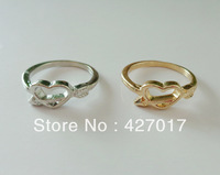 2014 New Fashion Lover's Arrow Through Heart Design Gold/Silver Charms Finger Ring Rings Gift Free Shipping