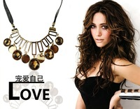 Min. order is $9 (can mix style) Luxury crystal rhinestone fashion decoration exaggerated necklace XL374
