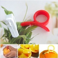 Free Shipping Novelty Households  Kitchen Accessories Portable Finger Fit Orange Cutter Orange Peeler 60Pcs/lot-Red
