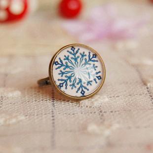 Christmas Snowflake Rings Adjustable Bronzed Rings Gift Ideas 2pcs/lot jz029(China (Mainland))