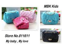 Retail 1pcs 2014 New Fashion Kids Handbag Girls Draped Purse Lady Mini Bags Europe Stryle Metal Sling Soft PU Bags Free Shipping
