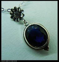 Free shipping, wholesale and retail of Victorian sunflower sapphire ancient silver pendant