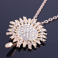 Min.order is $10 (mix order)Free Shipping!!!The Model Of Fashion, Delicate crystal flower Necklace Pendant.