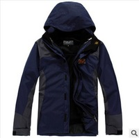 Free Shipping 2013 NEW Outdoor waterproof jacket fashion men sports coat Winter waterproof men's skiing jacket