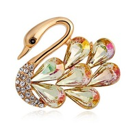 Women Delicate Yellow Gold Plated Austrian Crystal Cubic Zirconia Peacock Brooches Pins Anti-allergy Crystal Brooch Jewelry Set
