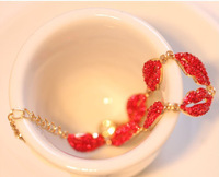 2013 New Fashion Design Luxury Personality Sex red rhinestone mouth women bracelets Free shipping Min.order $10 mix order