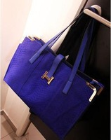 2013 women's crocodile pattern handbag fashion vintage big bags women's all-match fashion handbag