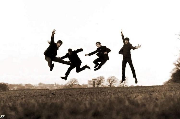 Decoratie Slaapkamer Kopen : Beatles Jumping