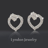 [ Attached Appraisal Certificate ] Take the Heart of Love S925 Pure Silver + Platinum Plating + AAA CZ Diamond Stud Earrings