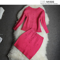 2013 fashion small button sweater half-skirt casual skirt suits