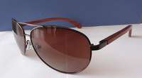 2014 Free Shipping Fashion Metal Sunglasses New Design Wood Temples Model 152