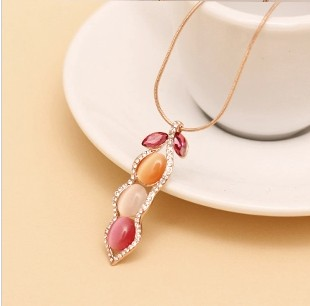 wholesale 925 silver Plate gold Natural 2013 accessories austria crystal shine eye - pea pod short design necklace female(China (Mainland))