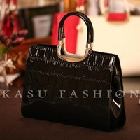 First layer of cowhide fashion crocodile pattern genuine leather women's handbag japanned leather document handbag
