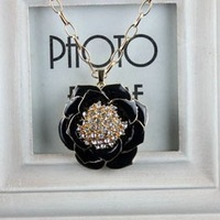 [77 Queen] free shipping wholesale CJ033 Black sweater chain camellia diamond necklace flower rose necklaces & pendants new