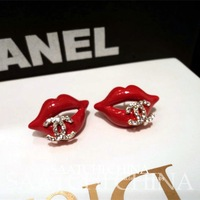 European and American small fragrant CC exquisite gold-plated earrings sexy red lips Rhinestone