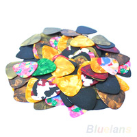 Lots of 20pcs New Thin Guitar Picks Parts Accessories Celluloid 0.46mm / 0.71mm Stringed Instruments