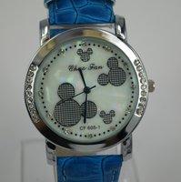 Charm Crystal women Lady Sport Jelly Silicone Strap  biue Watch