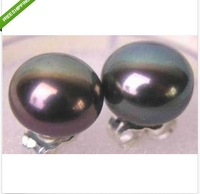 a pair of natural round 10-11mm tahitian black pearl earrings 14k white gold