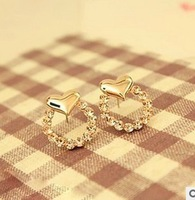 Korean Trinkets Fashion Sweet Cute Hearts Round Diamond Stud Earrings Brand Eearrings Wholesale 2013 Free Shipping 15Pcs/Lot
