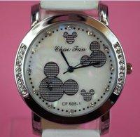 Charm Crystal women Lady Sport Jelly Silicone Strap  White women quartz Watch