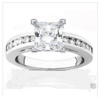 1.35 CT PRINCESS CUT ENGAGEMENT RING