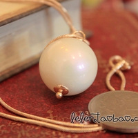 Free shipping High quality ! discoloration big white beads long necklace