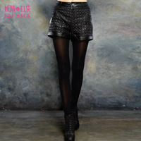 Elf SACK champagne winter stereo rhombus leather shorts