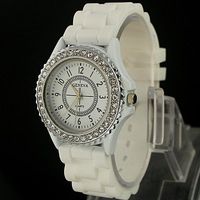 2013  The new South Korean Fashion geneva fashion silica gel jelly rhinestone quartz lady men's and women's watches