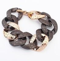 Standout Snake Pattern Curb Chain Bracelet Fashion Statement Chain Bracelet cxt901549