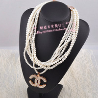 South Korea's new han edition clavicle necklace female multilayer pearl short chain chain fashion accessories