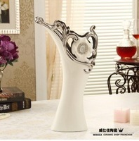 Free shipping! New 2013 modern white with silver ceramic flower vase embedded synthetic diamond hollow flower porcelain decor