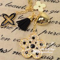 Rhinestone four leaf clover leather tassel keychain bags hangings car keychain key ring gift