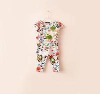 Korean Children's ruffle beautiful flower capris Home Furnishing service 2 pieces set:t shirt+seven point trousers for girl