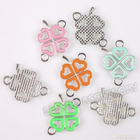 60pcs/lot Hotselling Mixed Colors Zinc Alloy Enamel Heart Clover Hot Silver Connector Charms Fit DIY Jewelry 22*15*3mm 145555